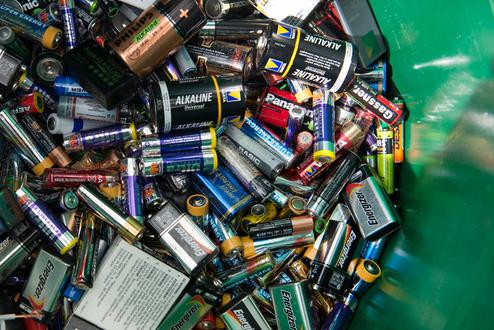 Abfallvermeidung leere Batterien richtig entsorgen